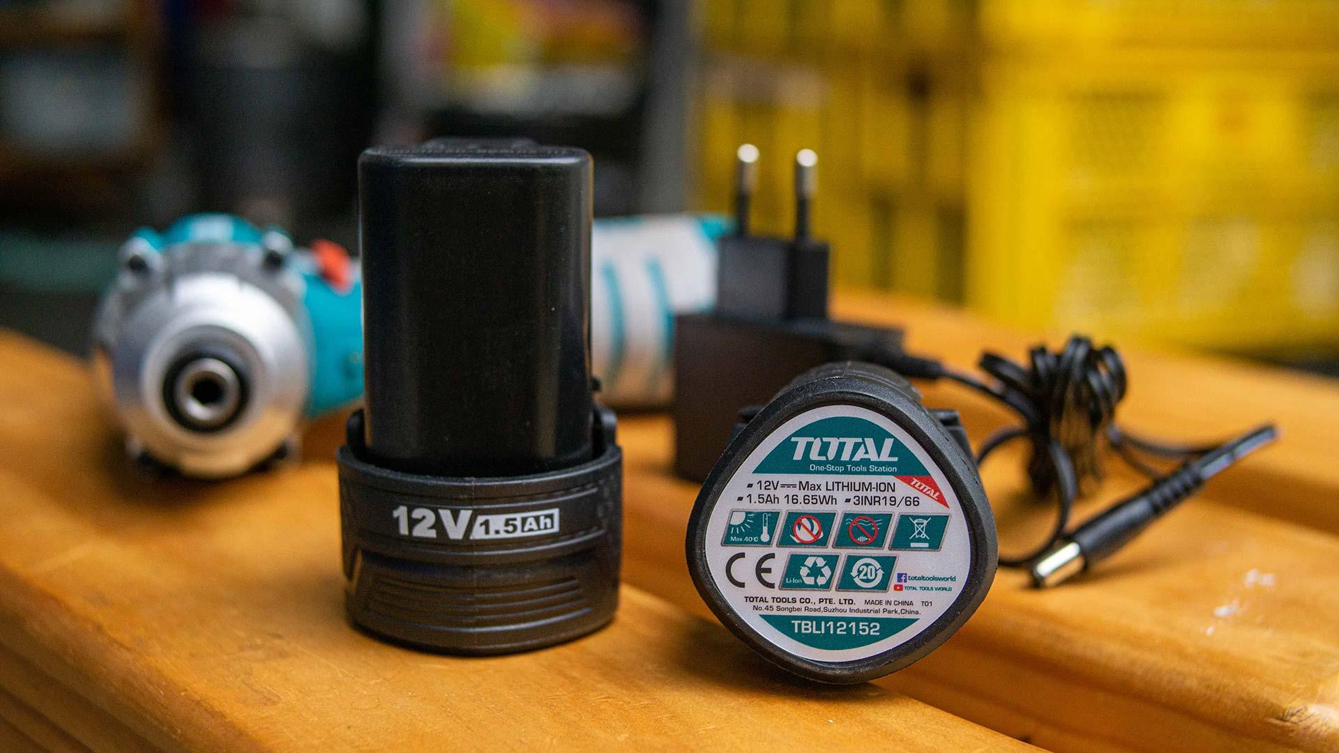 TIRLI1201 photo shoot